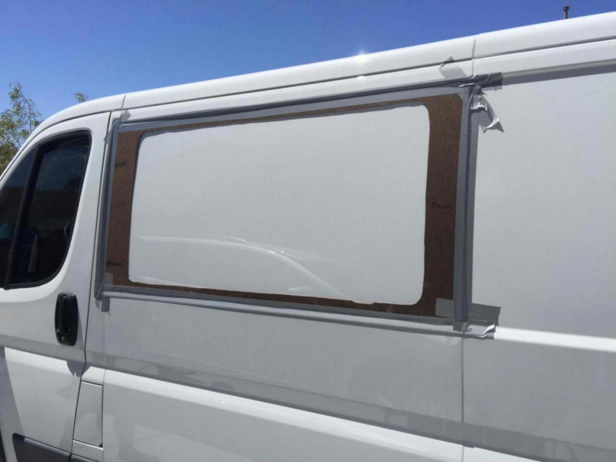 OEM Design All-Glass Look Ram ProMaster Passenger Side Sliding Door T-Vent Window 136 /& 159 Wheelbase Only CRL FW395R 2014